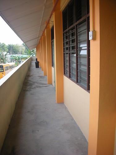 Koridor Kelas Tingkat Atas