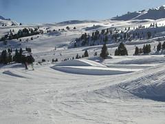 "Snow and fun park ""Piz Sella"" (Val Gardena - Grden Marketing) Tags: grden selva valgardena pizsellapizsellaplandegralbavalgardenagrdenselvapizsellapizsellaplandegralbasnowparkitalysouthtirolsdtirolfreestylesnowboard"