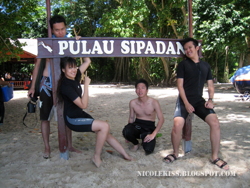 sipadan group photo 2