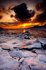 -4540 (biggis) Tags: sea snow fire landscapesky seascpae