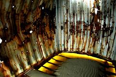 Na bommen op de Vliehors - zondag 7 februari 2010 (Dirk Bruin) Tags: netherlands waddenzee vlieland cornfield live aircraft f16 weapon airforce bom bomb range nato gunnery luchtmacht rnlaf klu vliehors oefening bommen mk82 vliehorsrange