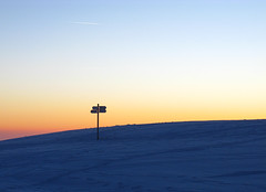Signpost (snowgoon) Tags: winter sunset sky signpost goldenhour wegweiser