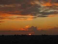(luvvvleegirl) Tags: india sunrise marinabeach chennai bayofbengal
