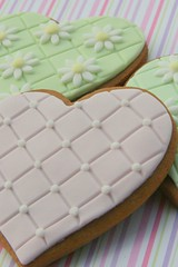 Daisy and Quilted Cookies (Three Honeybees) Tags: pink wedding cookies cookie heart gingerbread valentine daisy quilted cutter embossed embossing fondant favour