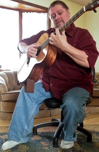 Classical Position Vs Folk Position The Acoustic Guitar
