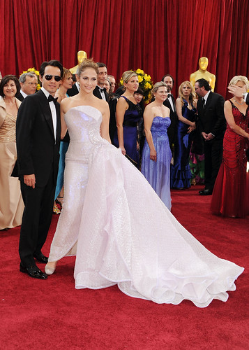 Marc Anthony and actress Jennifer Lopez arrive at the Oscar Red Carpet