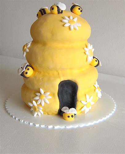 Honey Beehive Cake