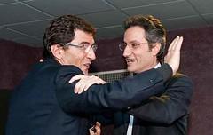 Elezioni Regionali Campania, Stefano Caldoro abbraccia il suo maestro Cosentino