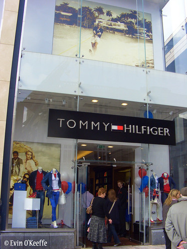 tommy outlet store