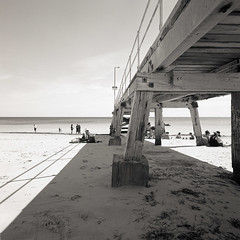 Easter (Tony Kearney) Tags: 6x6 mediumformat relaxing goodfood tmax100 swa 28c blackwhitephotos scannedfromneg autaut biogon38mm happyeastereveryone homedevelopedwithd76 spenteastersaturdaydaytrippingonthefleurieupeninsula normanvillejetty enjoyingtheeasterholidaybreak oldwoodenjetty visitingwillungamarket