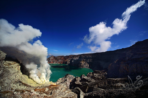 Ijen Crater / Kawah Ijen