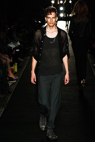 Felipe Dominici3017_SS10_Tokyo_MIHARAYASUHIRO