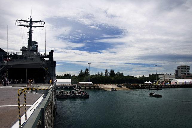 navy opening 2010 -16