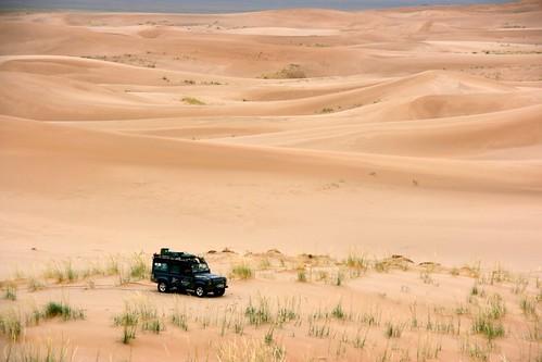 Dune driving, Gobi