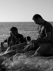 v (salvatore aiello) Tags: barca mare olympus palermo pesca sicilia vacanze aspra pescato salvatoreaiello