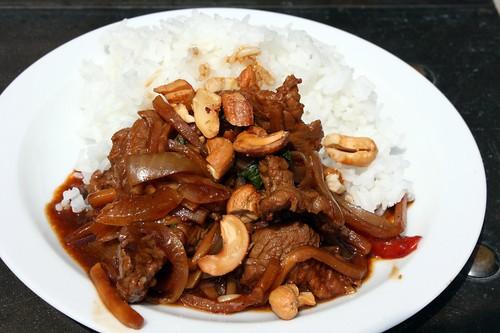 Hovezi wok s thajskou bazalkou