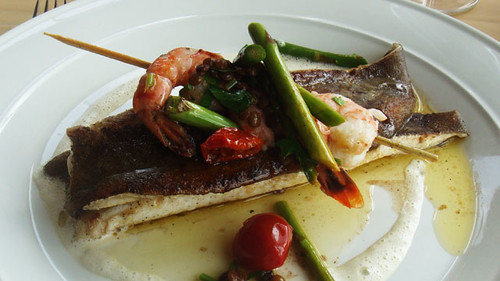 Lemon sole with king prawns and asparagus