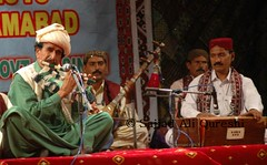 DSC_0381 (Sajjad Ali Qureshi) Tags: pakistan music audience culture entertainment folkmusic traditionalculture islamabad shakarparian sindhiculture sajjadaliqureshi