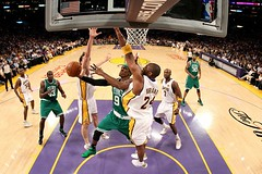 the boston celtics beat the lakers