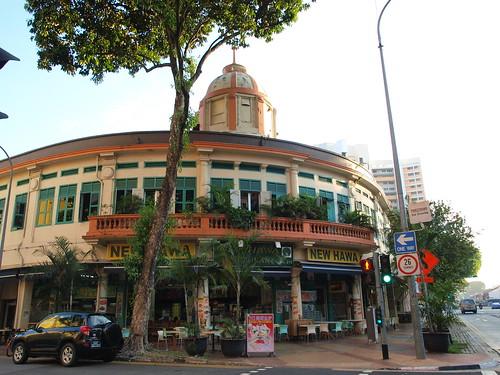 旅店附近的餐館,建築很有特色