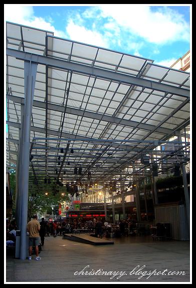 Queen Street Mall: Shopping