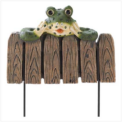 39703 Frog Mini Garden Fence $14.95
