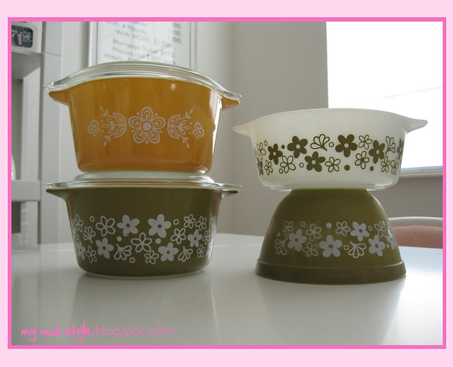 orange pyrex bowls 3
