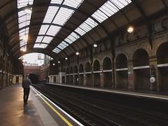 Notting Hill (nereazubiaga95) Tags: london londres uk united kingdom nottinghill notting hill gate tube mindthegap metro subway brick