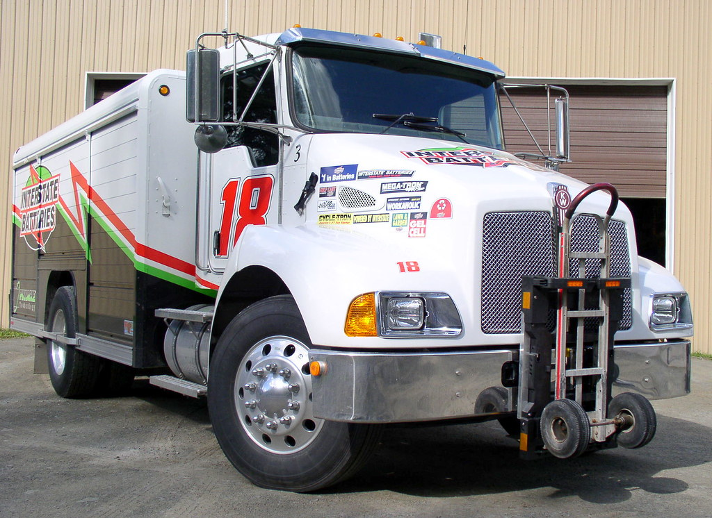 Interstate Batteries Kenworth T300 with HTS-10T unit