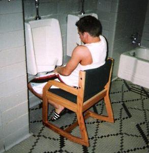Merossexual passa mais de 1 hora por dia no banheiro