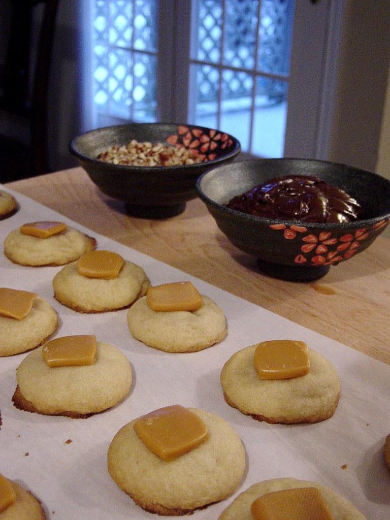 Caramel Pecan Treasures