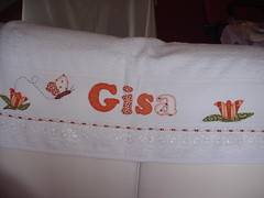PRONTA!! Mais uma encomenda.... (*Sonhos e Retalhos Ateli*) Tags: patchwork letras bordado costura patchcolagem toalhadebanho