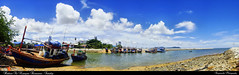 Panorama Harbour At Nuanjun Restaurant ,  (AmpamukA) Tags: sky panorama food port thailand restaurant boat fisherman harbour wide scene screen thai jun nuan chonburi sattahip        ampamuka  nuanjun