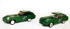 "Jaguar E-type Comparison 1 (""Orion Pax"") Tags: lego jaguar etype"