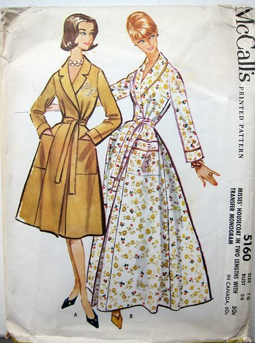 Vintage McCall's 5160 Robe