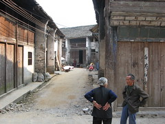 2007-11-15 Xing Ping (Travelmonkeys) Tags: china people guangxi xingping
