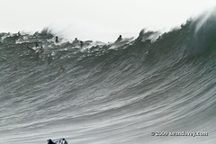 Waimea011110_0823 (Sean Davey Photography) Tags: color horizontal gold hawaii oahu northshore waimeabay goldenlight greenenergy seandavey oceanpower 011110 powerfulwaves surfnorthshore picturessurfers wavesenergy seawaveenergy oceanenergy surfbigwave bigwavesurfers biggestwaves jan10th2010