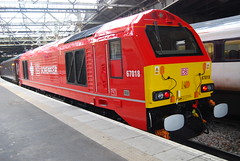 "67018 sits in waverley on the same weekend she was named "" keith heller "" (WesternSMT) Tags: edinburgh db class 67 dbs ews 67018 67006 82146 alltypesoftransport"