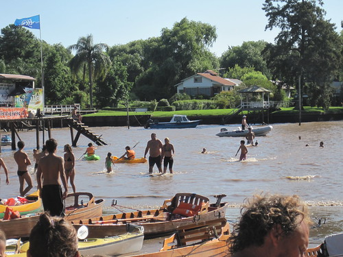 Buenos Aires Beaches. Argentina: Buenos Aires (Set)