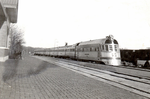 Oregon, Illinois - Twin Cities Zephyr (early 1940s)