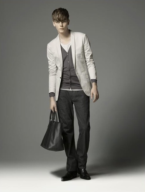 Daniel Hicks0041_Burberry BL(official)