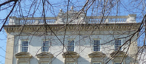 P1000643-2010-02-07-Shutze-Emory-Hospital-East-Facade-Balustrade-Details