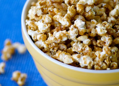 maple walnut popcorn DSC_0021