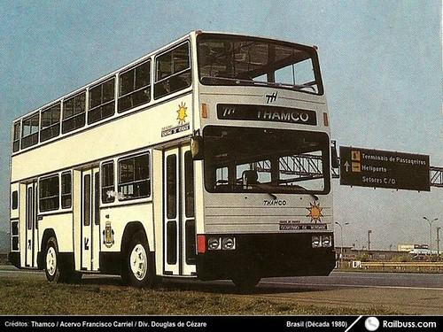 Fofão, ônibus de dois andares