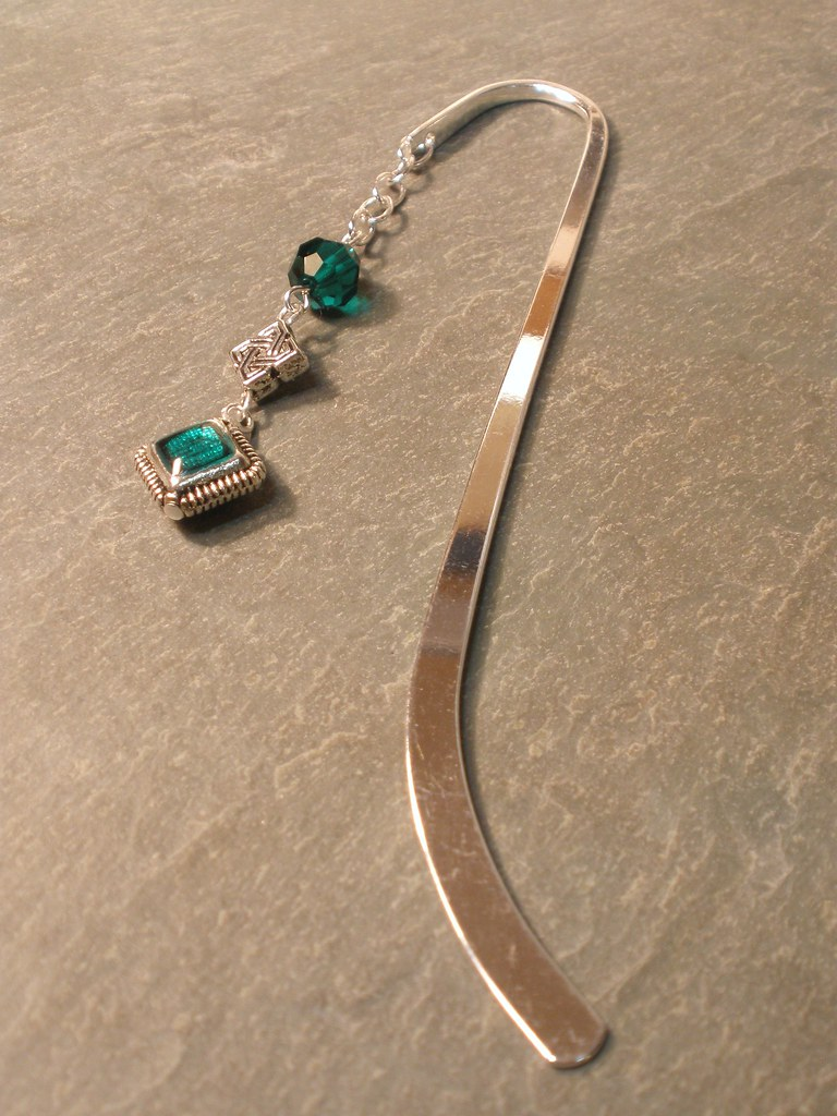Celtic Knot and Crystal Silver Plated Bookmark