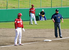 DSC_6148 (dragonsfanatic) Tags: camp training geotagged spring baseball dragons chunichi okinawa  eagles goldeneagles chatan 2010  rakuten         geo:lat=26311680 geo:lon=127758360