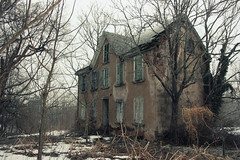 Abandoned house 3 (Laura Hoffman) Tags: world old trees house snow abandoned beautiful pennsylvania rusty haunted creepy falling pizza apart pottstown