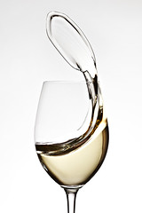 Semillon Swirl (Xenedis) Tags: glass liquid riedel semillon splash wine wineglass stilllife newsouthwales nsw australia