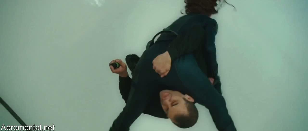 Scarlett Johansson fight Natasha Romanoff