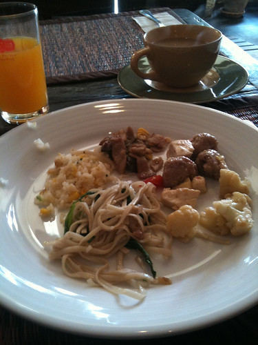 Buffet Breakfast at Inter City Hotel